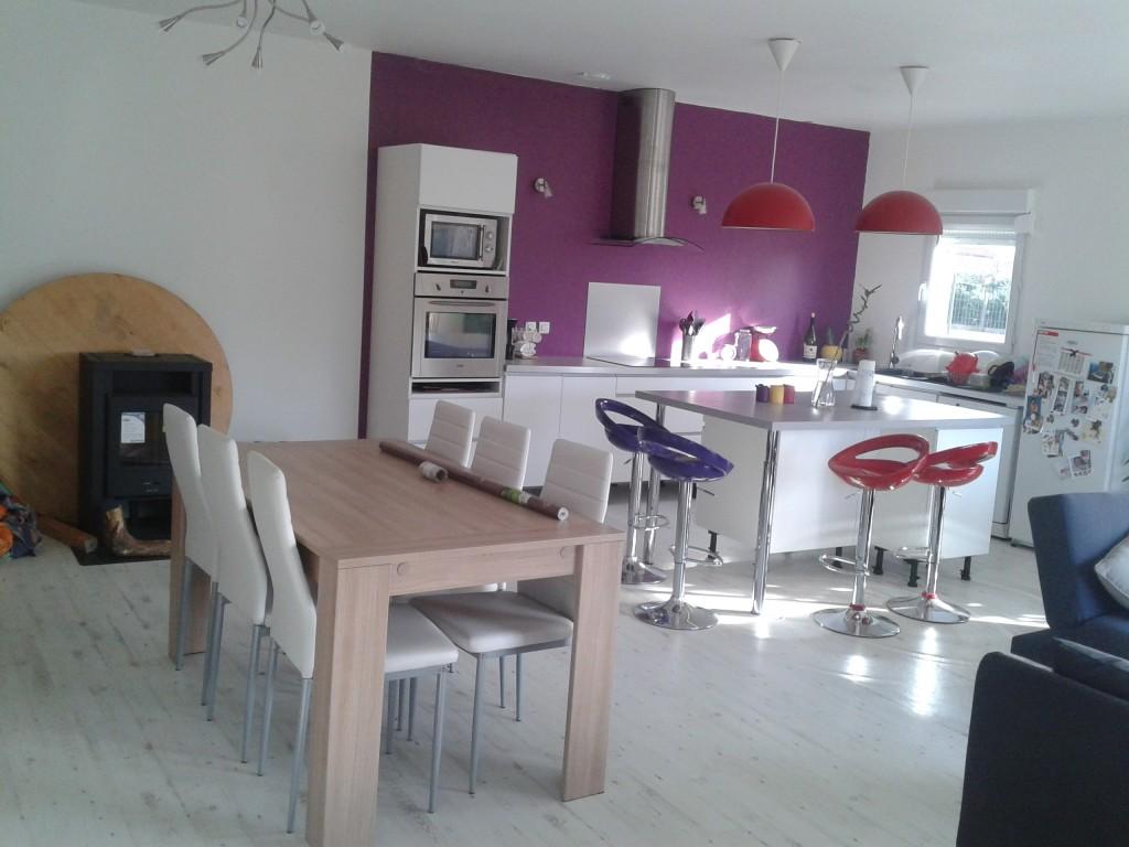 La maison bois de pierrine et gilles for Cuisine ouverte vmc
